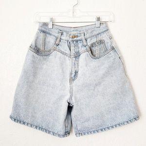 90s Vintage Rio High Rise Denim Mom Shorts 543